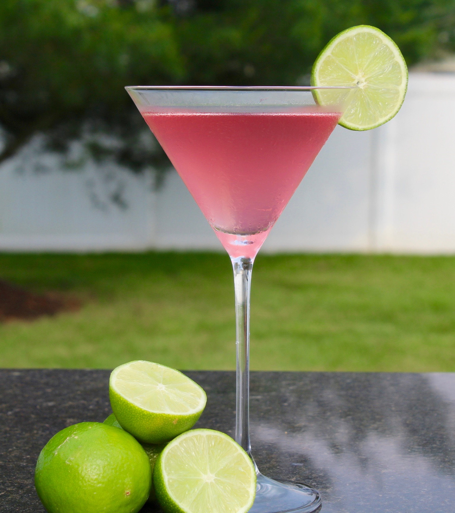 Sex And The City Cosmopolitan Cocktail Recipe Giggles Gobbles And Gulps